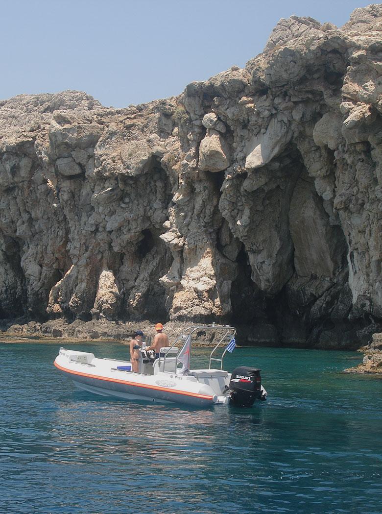 xplore-rent-boat